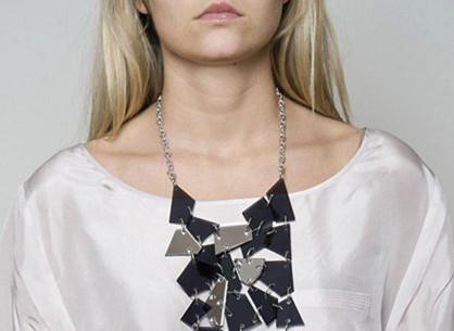 dámský náhrdelník z plíšků Vanessa Baroni