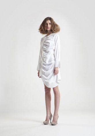 dámské bílé šaty Zdeňka Imreczeová