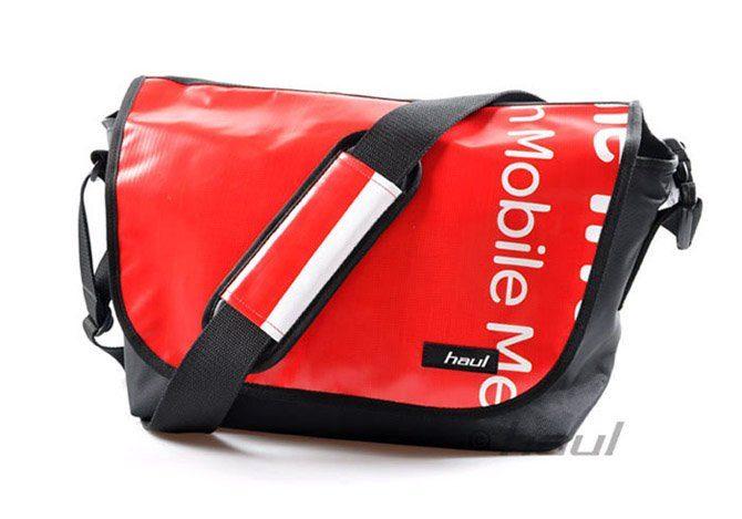 červená taška s potiskem Haul