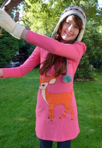 dámské růžové triko s potiskem Bambi Kate Garey (€ 40.03)