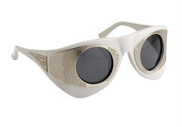 bílé sluneční brýle Linda Farrow