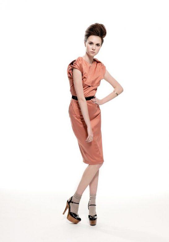 dámské šaty lososové barvy Nicole Murray