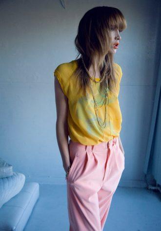 dámská žlutá halenka a růžové kalhoty LEW