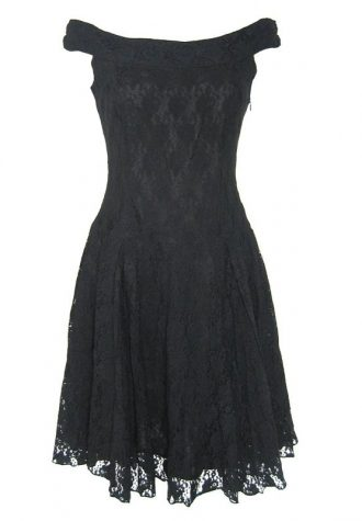 černé krajkované šaty Nomad ve stylu vintage (£ 96)