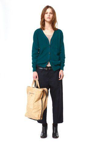 černé kalhoty a petrolejově modrý propínací cardigan Hope Podzim:Zima 2010