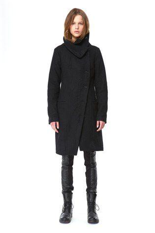 černý propínací kabát Hope Podzim:Zima 2010