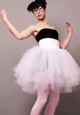 dámské šaty Odd Room