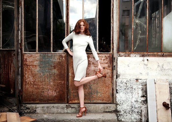dámské bílé šaty Kateřina Geislerová