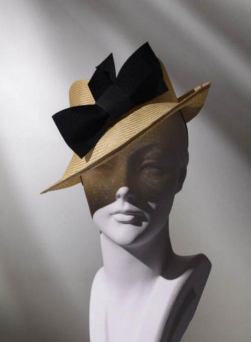 klobouk Stephen Jones