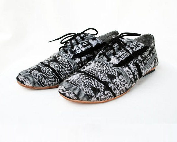 boty BW Woven Oxford (98 USD)