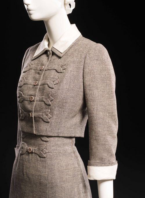 dámský kostýmek Main Bocher, 1954