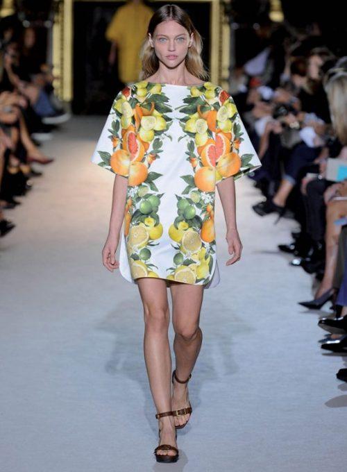 dámské bílé šaty se vzorem Stella McCartney