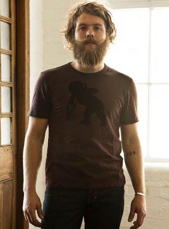 pánské hnědé triko s potiskem a černé džíny PRPS Goods and Company