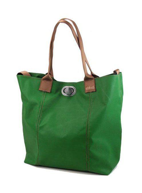 zelená taška Abteil z gymnastické žíněnky (€ 119)