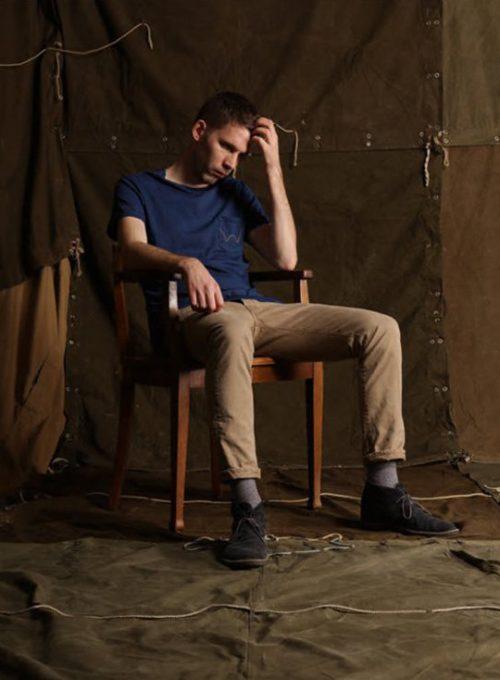 pánské modré triko a khaki kalhoty Edwin