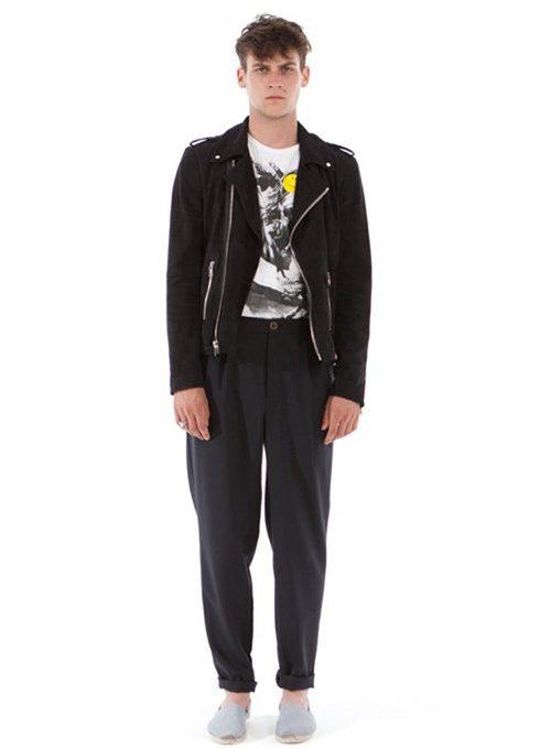 pánská černá bunda, kalhoty a bílé triko s potiskem Shipley & Halmos