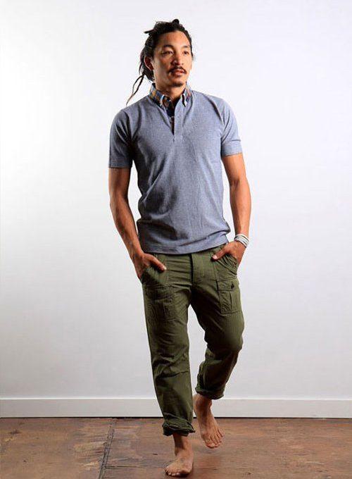 pánské šedé triko a zelené kalhoty Wings + Horns