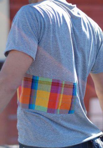 tričko Rubics s kapsou na zip z recyklovaných materiálů ($ 30)