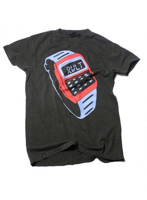 černé tričko s potiskem (39 EUR)