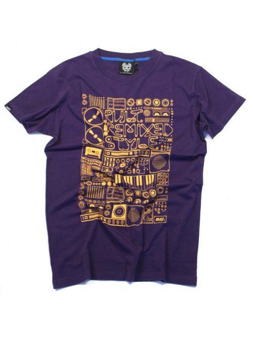 fialové tričko s potiskem (39 EUR)