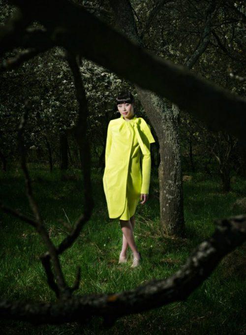 dámský žlutý kabát Gábina Páralová