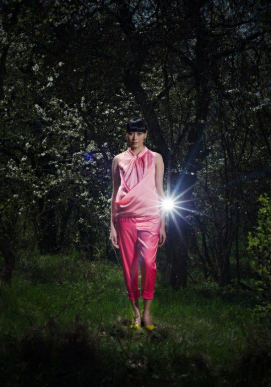 růžový top a kalhoty Gábina Páralová 2