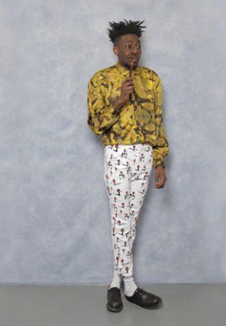 pánská okrová košile se vzorem a bílé kalhoty se vzorem Agi & Sam