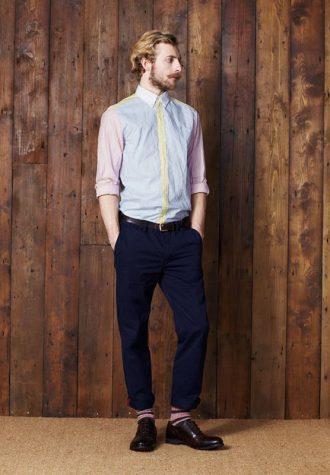 pánská světlá košile a modré kalhoty Ben Sherman