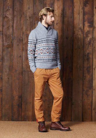 pánský šedý svetr a oranžové kalhoty Ben Sherman