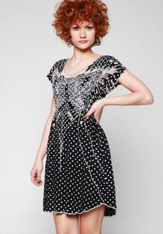 dámské černé šaty s puntíky Sugarhill Boutique (€ 79.90)