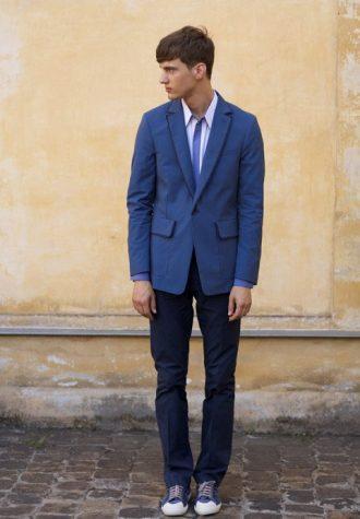 pánské modré sako a kravata Ehud