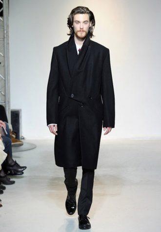 pánský černý dlohý kabát Ehud