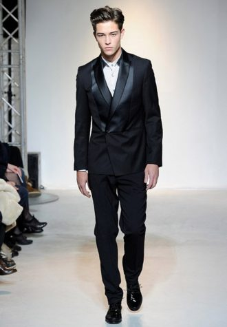 pánský černý elegantní oblek s lesklými detaily Ehud
