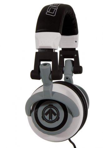 černo-šedá sluchátka Aerial7 (£55)