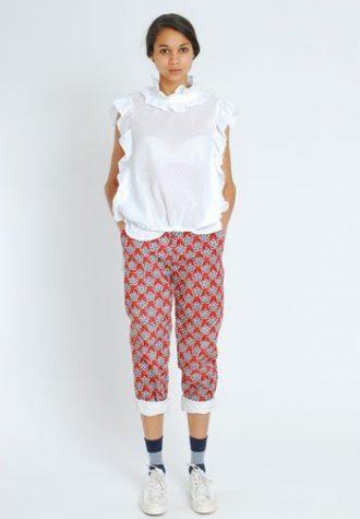 dámská bílá halenka a červené kalhoty se vzorem Eley Kishimoto