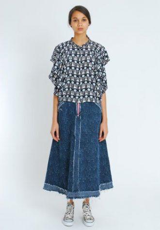 dámská černobílá nabíraná halenka a dlouhá džínová sukně Eley Kishimoto