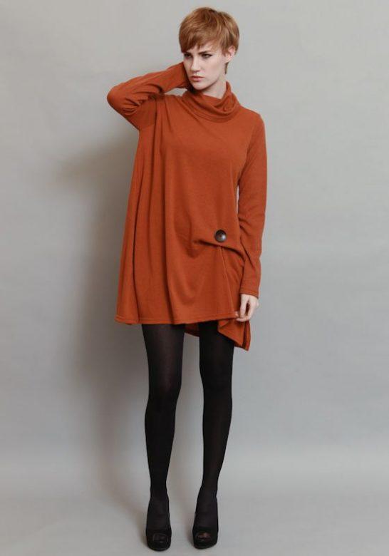 dámské oranžové volné šaty:tunika s knoflíkem (£ 55)