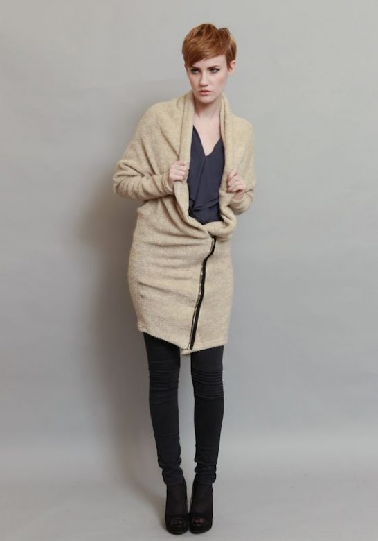 dámský dlouhý béžový pletený svetr na zip (£ 69)