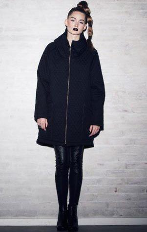 černá bunda a leginy Bibi Chemnitz - 1