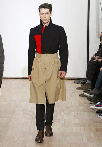 pánský černo-béžový kabát s červenými detaily Raf Simons