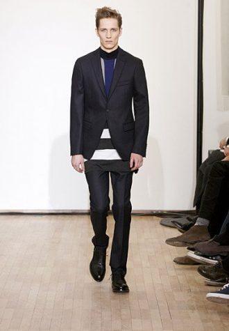 pánský černý oblek a svetr s pruhy Raf Simons