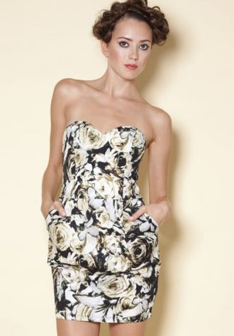 šaty Wanda (29 USD)