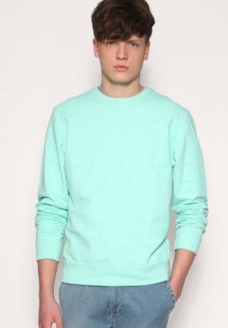 pánská tyrkysová mikina ASOS, typ Overdyed Crew Sweater (£ 6)