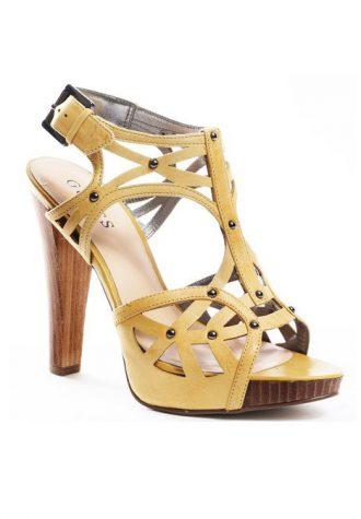 béžové kožené střevíčky Guess - Beautifi Sandal ($ 96.99)