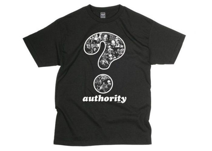 pánské černé triko s potiskem Freshjive - Question Authority ($ 10)