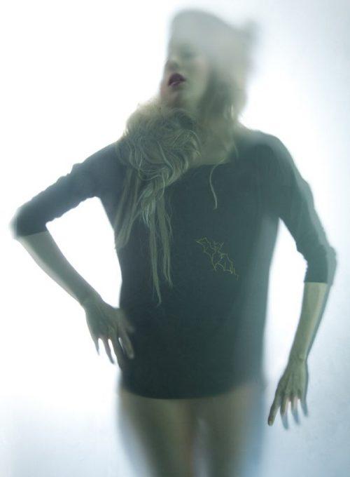 dámské triko s potiskem BEAUX
