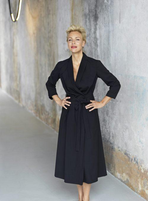 dámské černé šaty Timoure et group